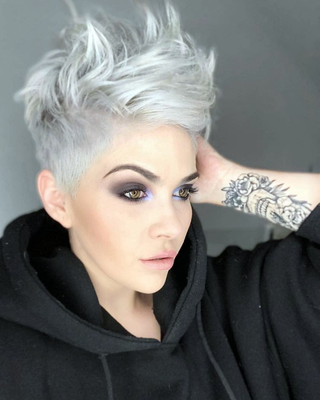 10+ Top Collection For Women Pixie Haircuts Ideas Trend 2020