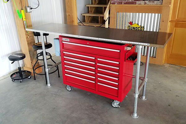 how to build a garage workbench keeklamp diy pipe workbench