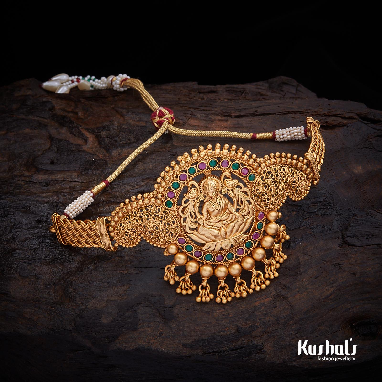 Pin By Kushal S Fashion Jewellery On Buy Bridal Rajsthani Kundan Bajubands Online Wedding Jewellery Gold Jewelry Fashion Vanki Designs Jewellery Jewelry Set Design
