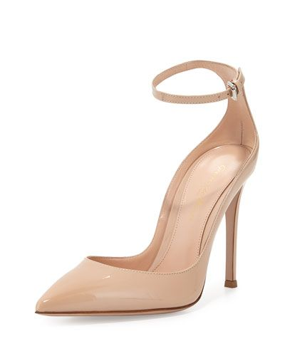 5b2be7057 Gianvito Rossi patent leather pump. 4.3