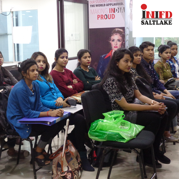 Day1 Of Workshop On Fashion Designing By Guest Lecturer From Londonschooloftrends Giving Students An International Tutorial Exposure O Tutor Lecture Workshop