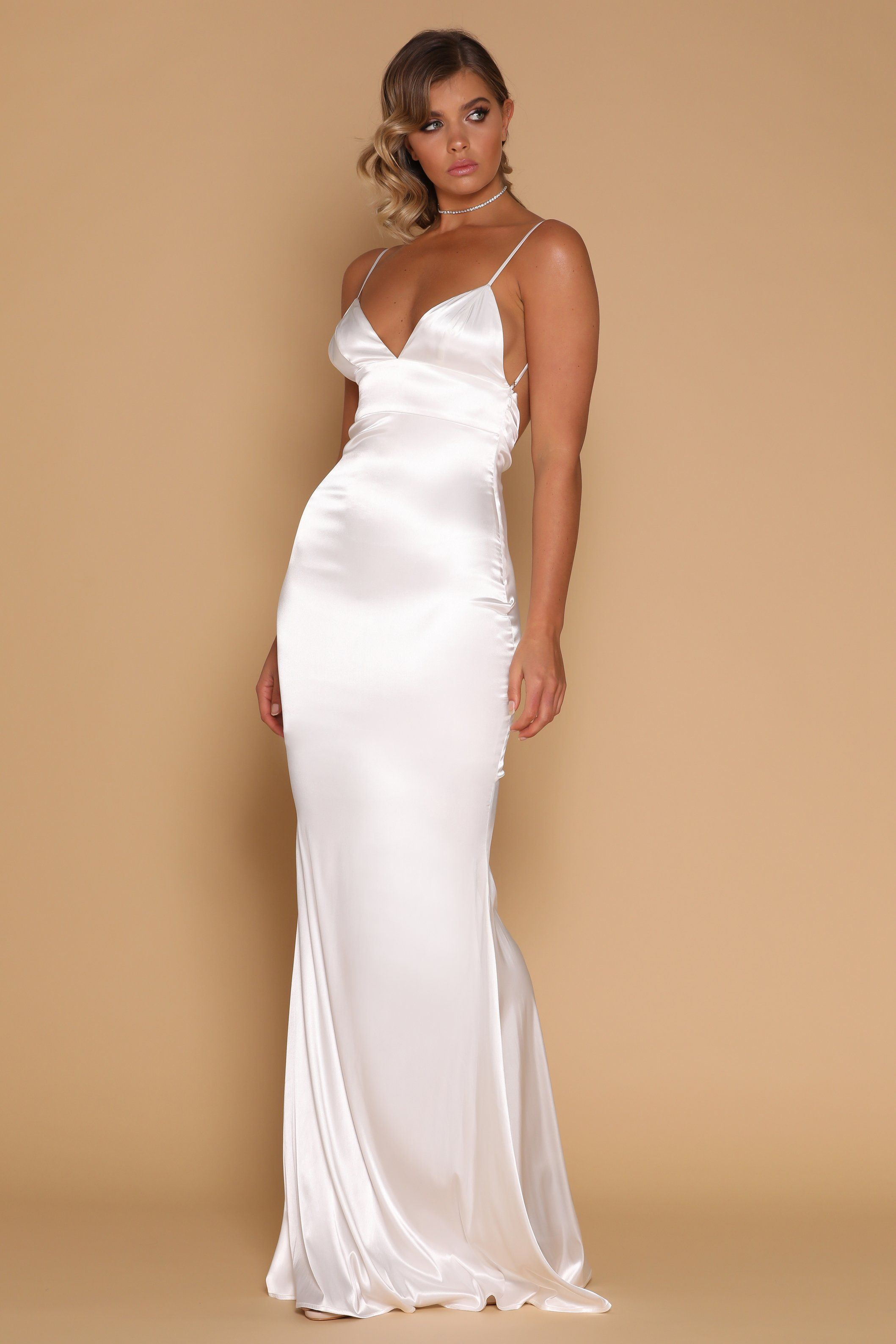 d65571806c White Long Summer Dress . #Fashions #Dresses #Summer_Fashions #Amazing #Wow