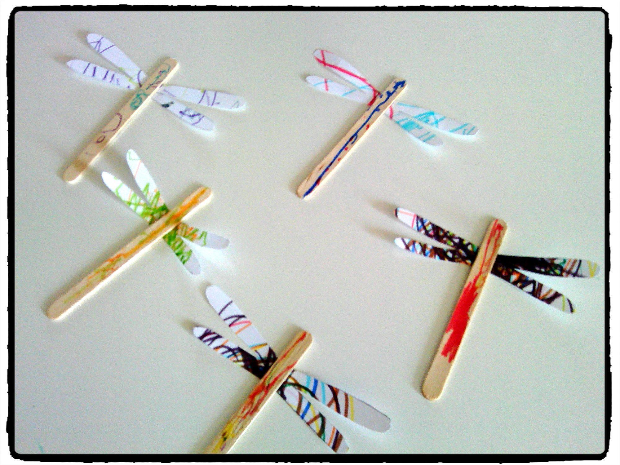 bricolage enfant libellule en batonnets en bois printemps insecte printemps pinterest. Black Bedroom Furniture Sets. Home Design Ideas