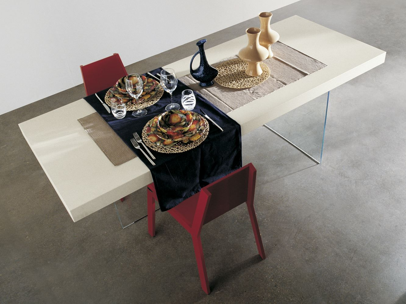AIR Lacquered table by Lago design Daniele Lago | dining table ...