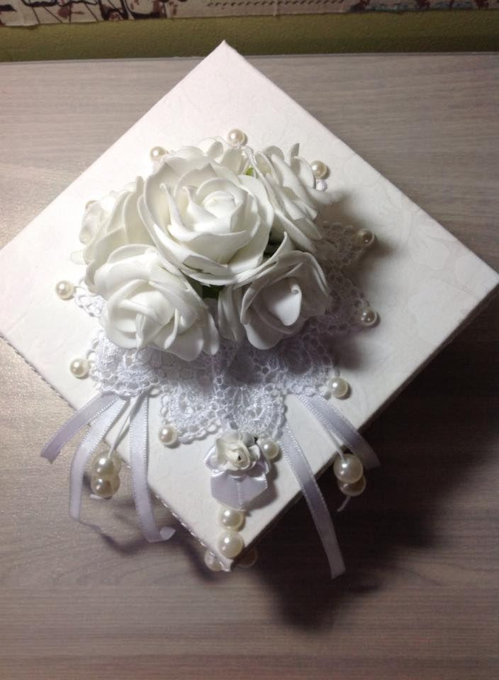 caixa noiva, em tecido, rosas e pérolas- wedding box