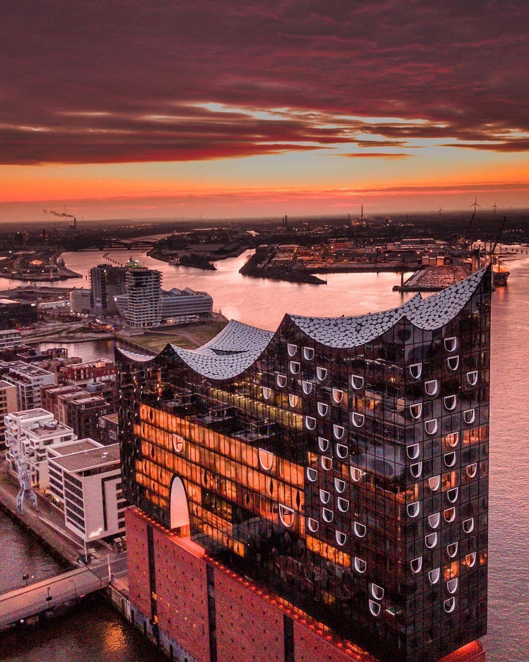 Hamburg Elbphilharmonie Hamburg Sehenswurdigkeiten Hamburg Reise Hamburg