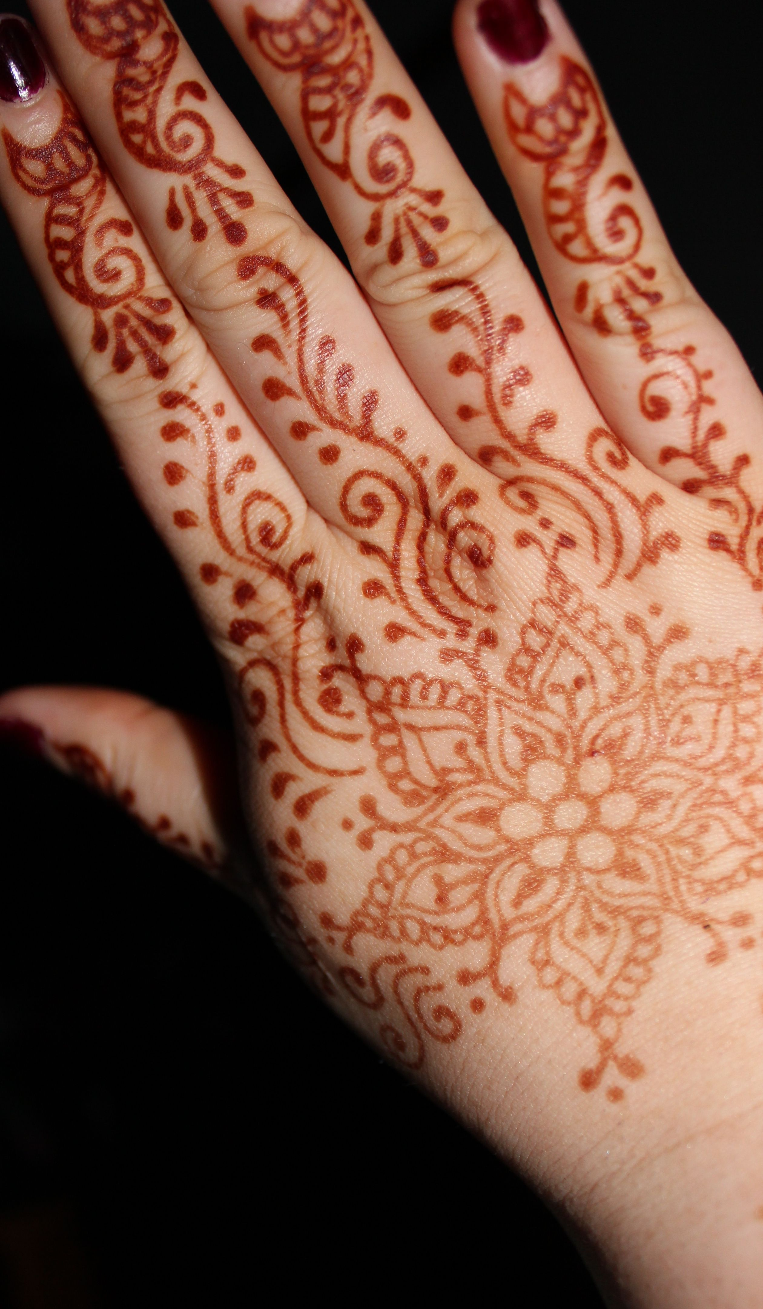 Mehndi For Thin Hands : Rites of passage festival hennas henna hands and