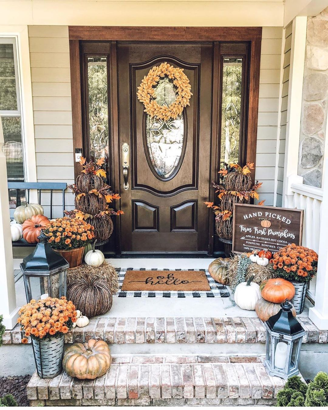 Front Porch Decor Ideas To Welcome Fall With