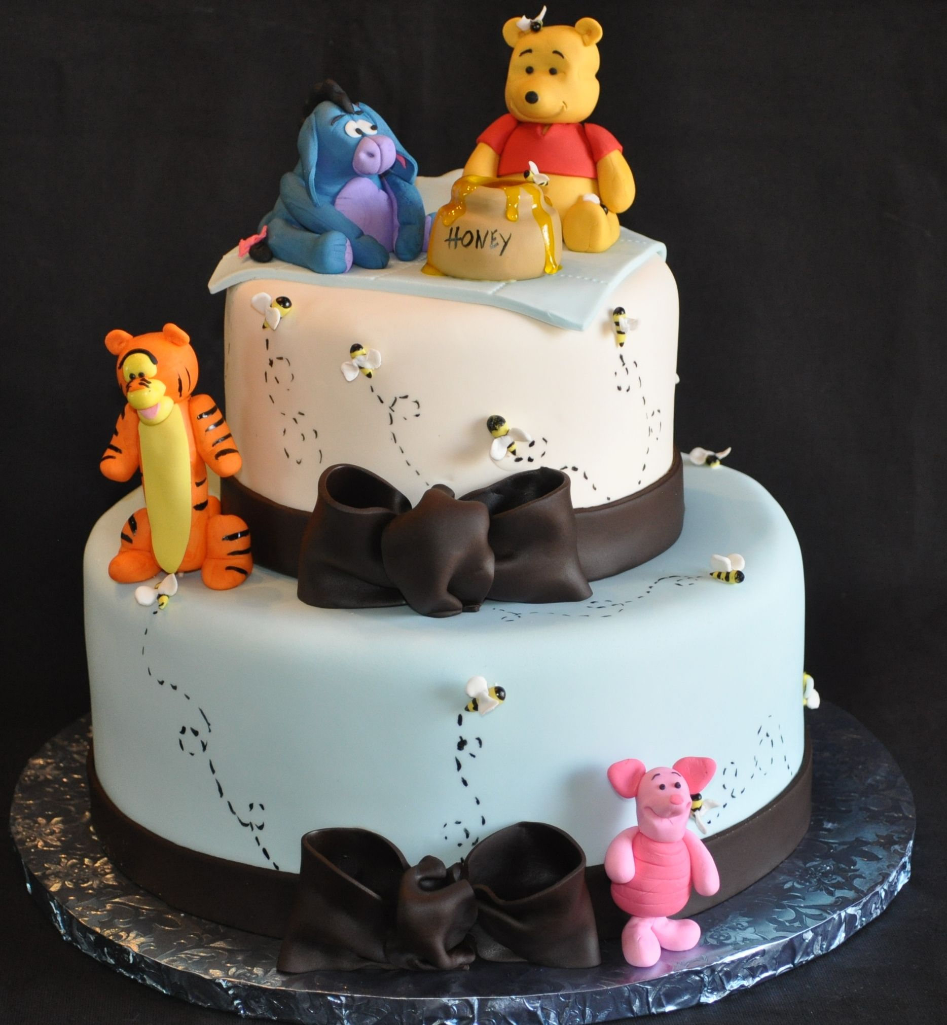 Awesome Winnie The Pooh Baby Shower Cake