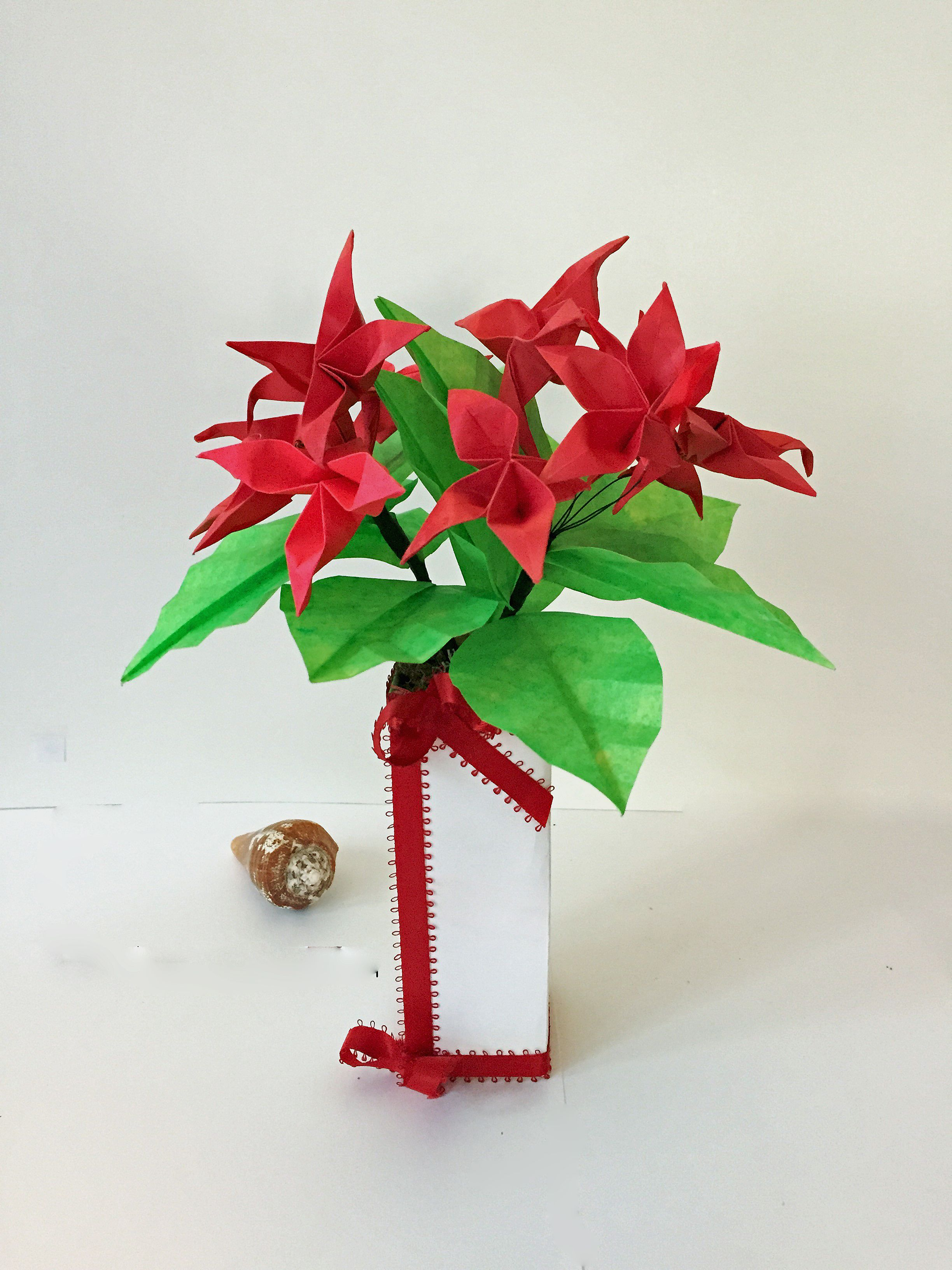 1999 Small Origami Flower Arrangement Make Everything Look