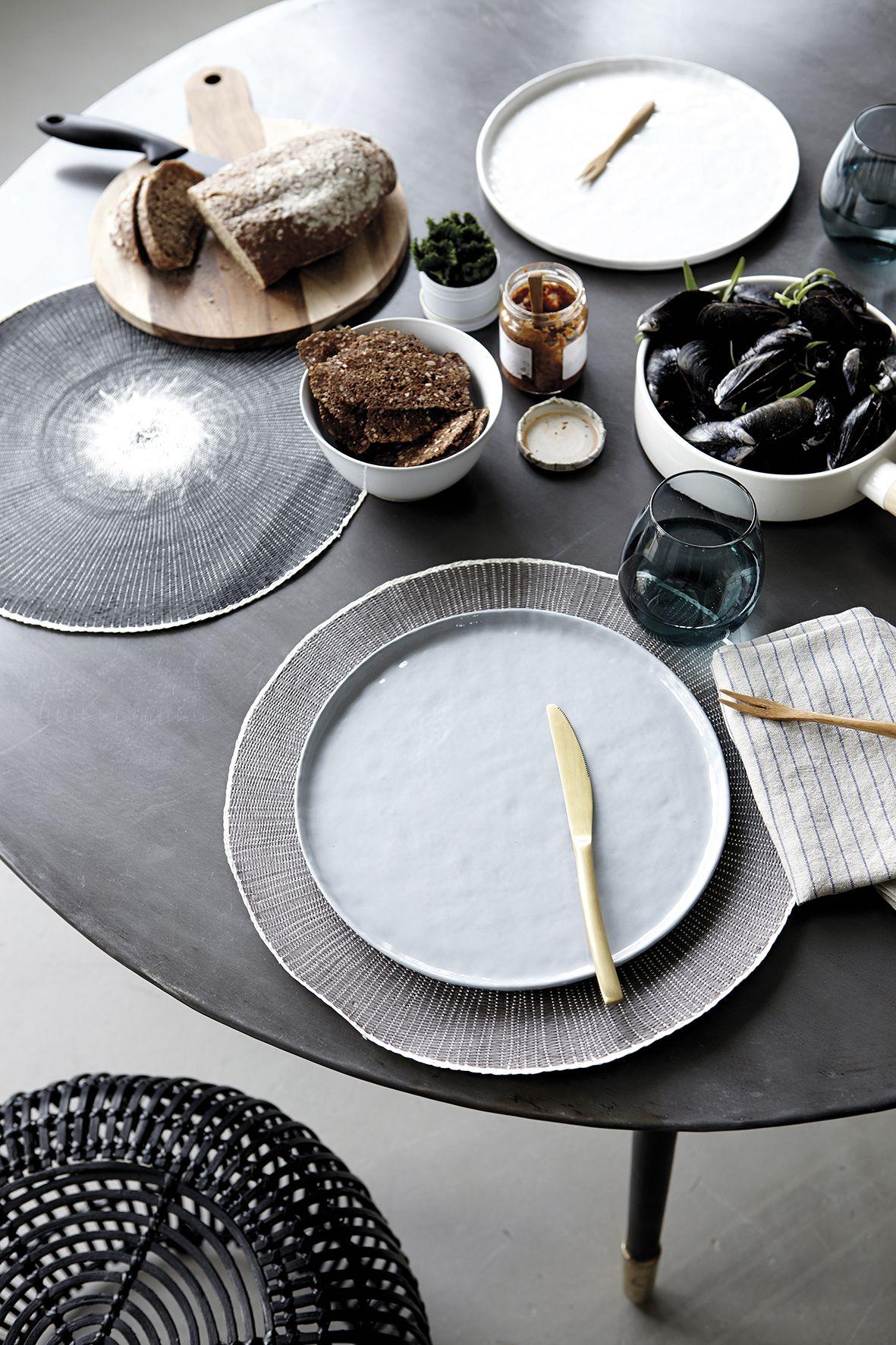 house doctor plates solid ceramics discover pinterest geschirr keramik und gedeckter. Black Bedroom Furniture Sets. Home Design Ideas