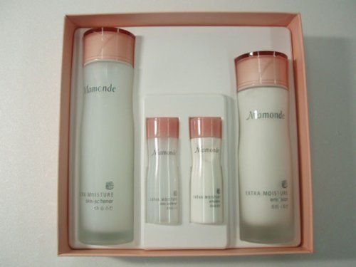 Korean Cosmetics_Mamonde Extra Moisture Care Gift Set_2kits by Mamonde. $49.99. Vitamin B3 component in Mamonde Extra moisture line promotes the synthesis of ceramide and prevents water loss in your skin.. Mamonde products are for sweet and feminine women who have their own philosophy and culture value in their mind.. CAPACITY  Mamonde Extra Moisture Skin Softener- 150ml & 30ml Mamonde Extra Moisture Emulsion - 125ml & 30ml