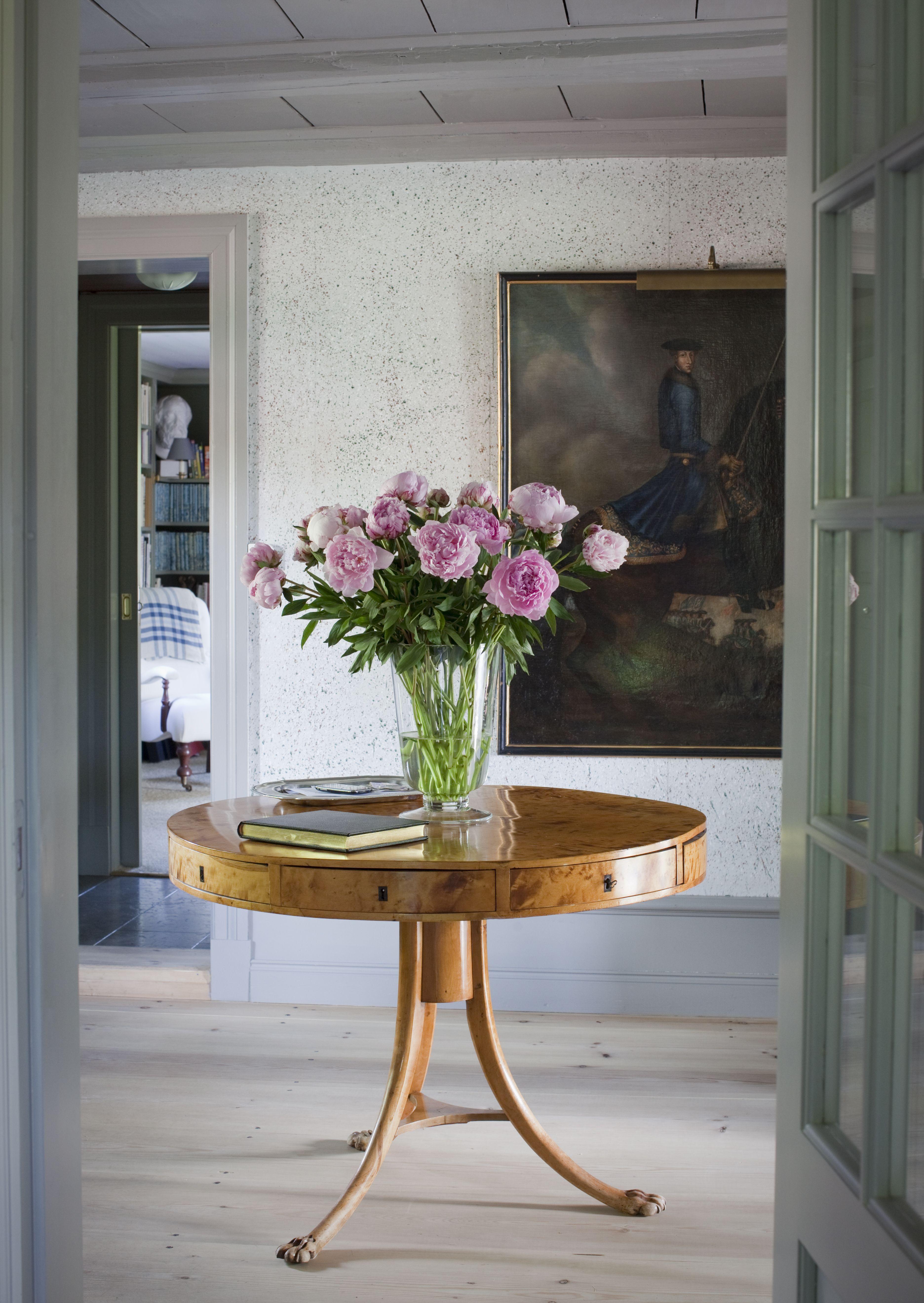 Hallway Round Carousell Table Www Birgittaorne Com Round Foyer