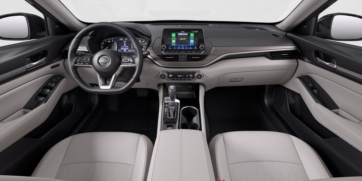 View Interior And Exterior Photos And Color Options Available On The 2020 Nissan Maxima This Crossover Was Made To T In 2020 Nissan Altima Nissan Juke Interior Nissan