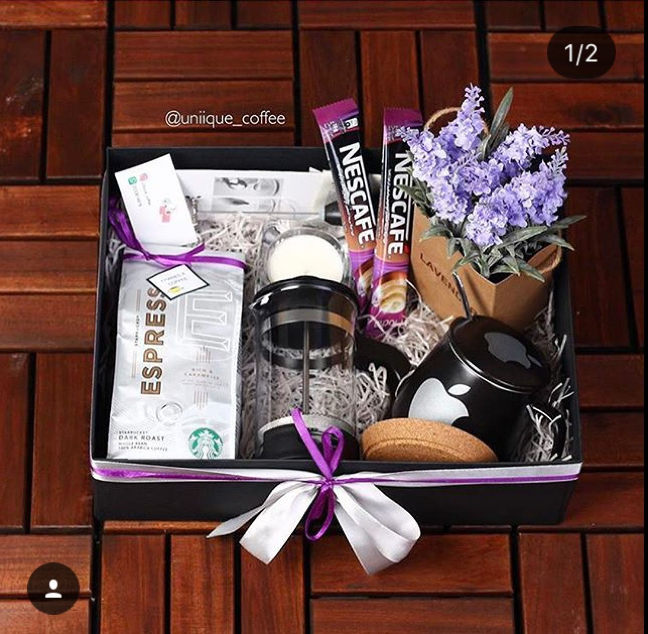 Pin By Radwa On Gift Gift Wrapping Techniques Coffee Gifts Box Coffee Gifts