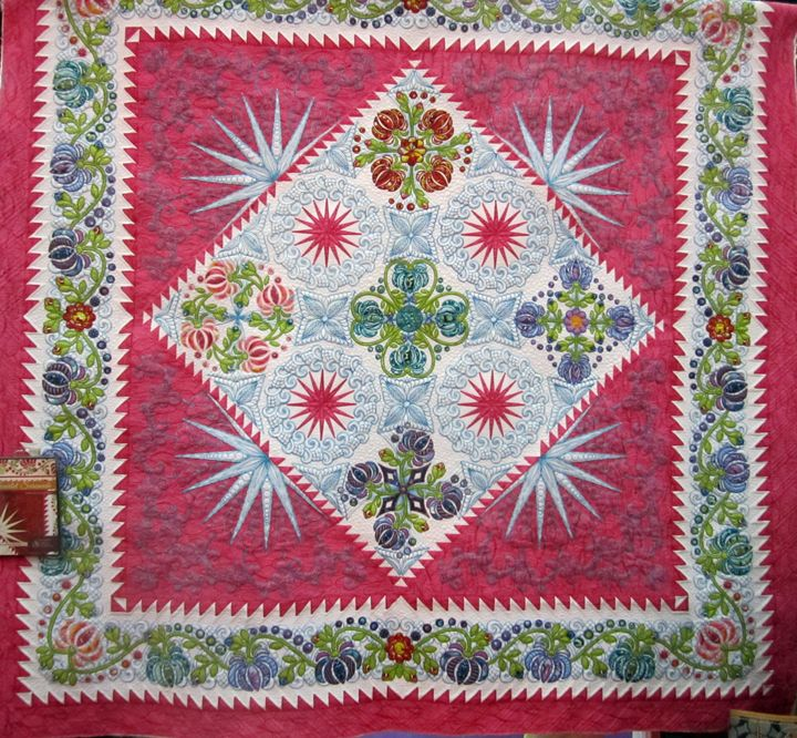 Quilt by Sharon Schamber - lots of detailed machine embroidery.  Such an amazing quilt!