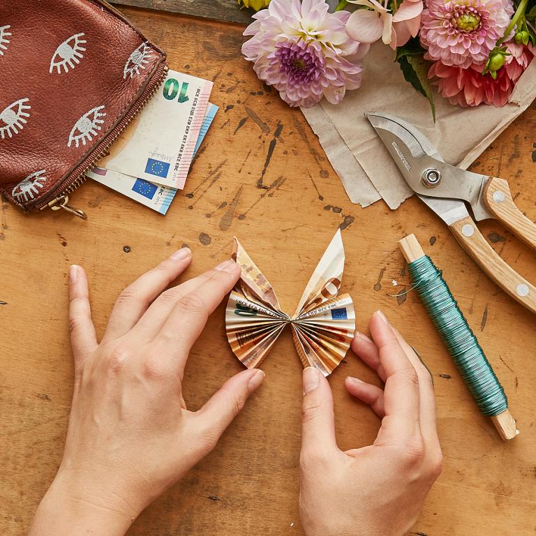 Origami-Schmetterling als Geldgeschenk. DIY-Anleitung