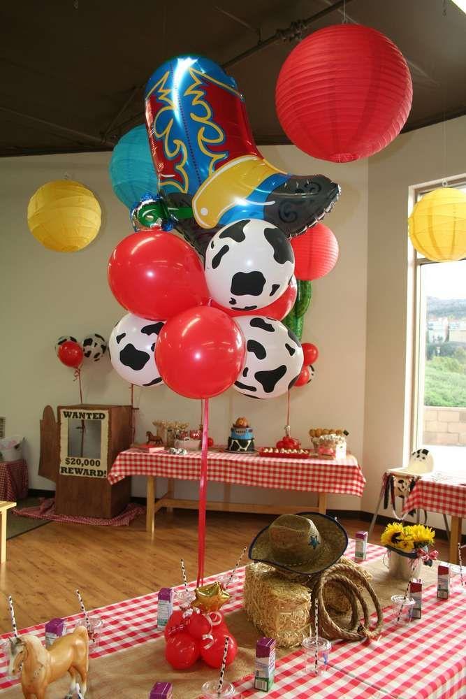 Balloon decorations at a cowboy birthday party