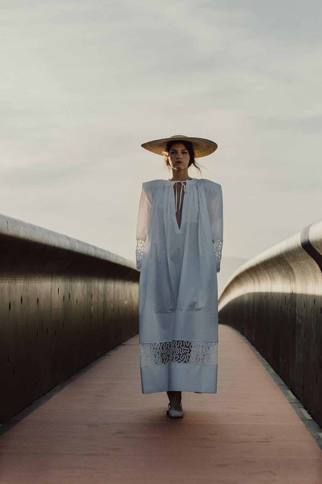 Jacquemus Espanol Metal Magazine Editoriales De Moda Fotos De Moda Moda