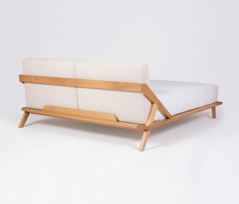 Nordic Space Bett von ellenbergerdesign | Doppelbetten | A03 • 家具 ...