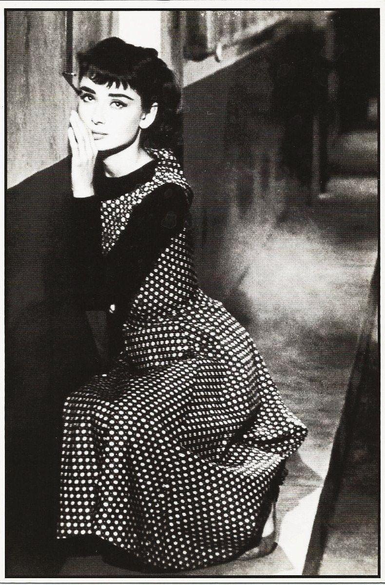 demiilauren:  Audrey Hepburn Sabrina Postcard.