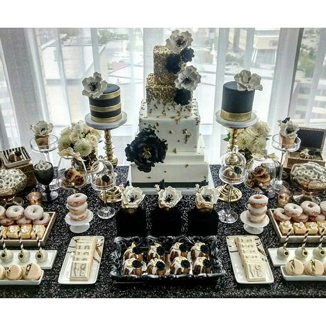 Absolutely Love This Dramatic Combination Of Black White And Gold For This Dessert Tablescape Gold Dessert Dessert Table 60th Birthday Party