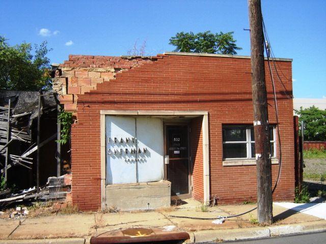 Frank Sherman Youngstown Oh Outdoor Decor Decor Home Decor