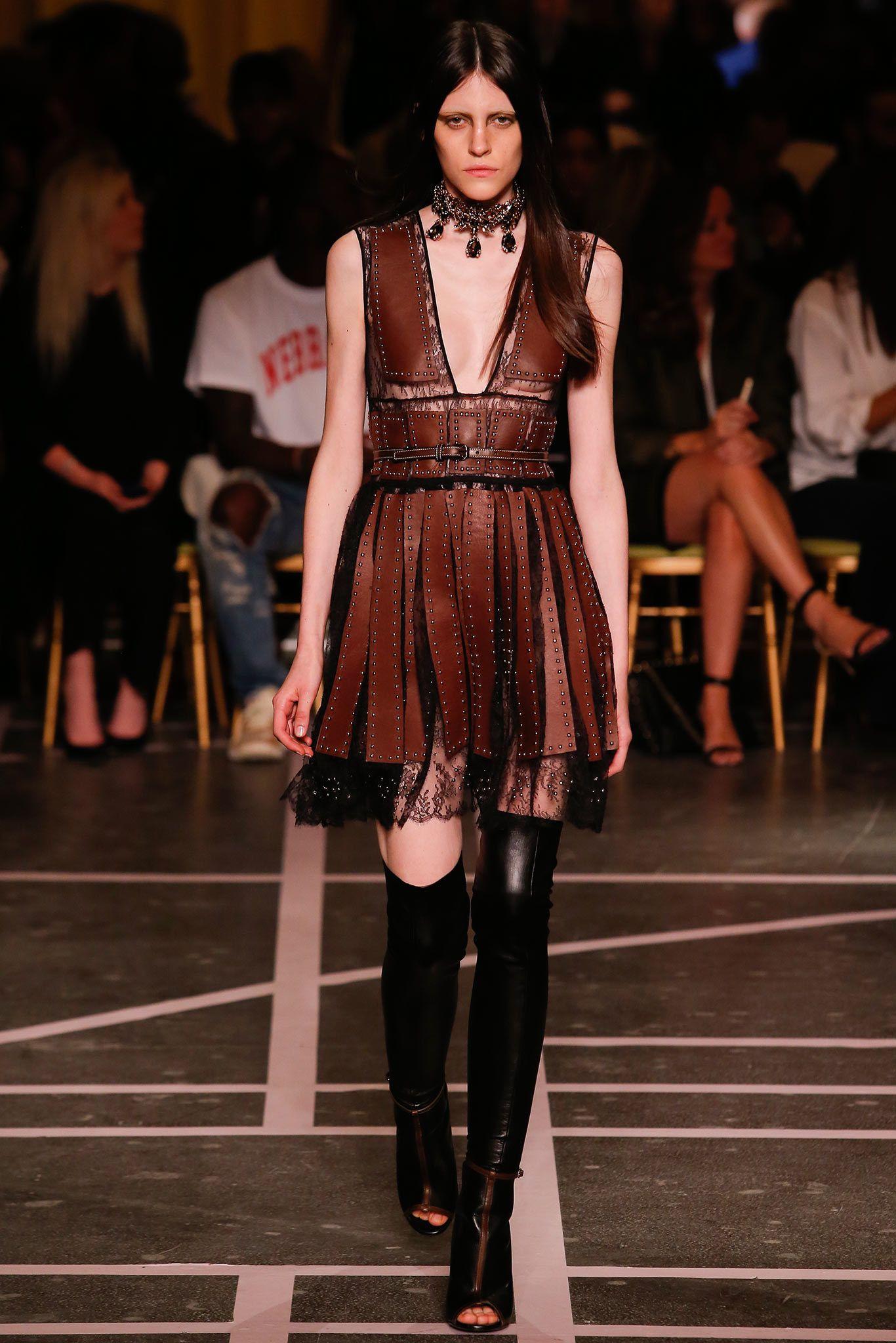 Givenchy Spring 2015 Ready-to-Wear Fashion Show - Serena Archetti (Women)