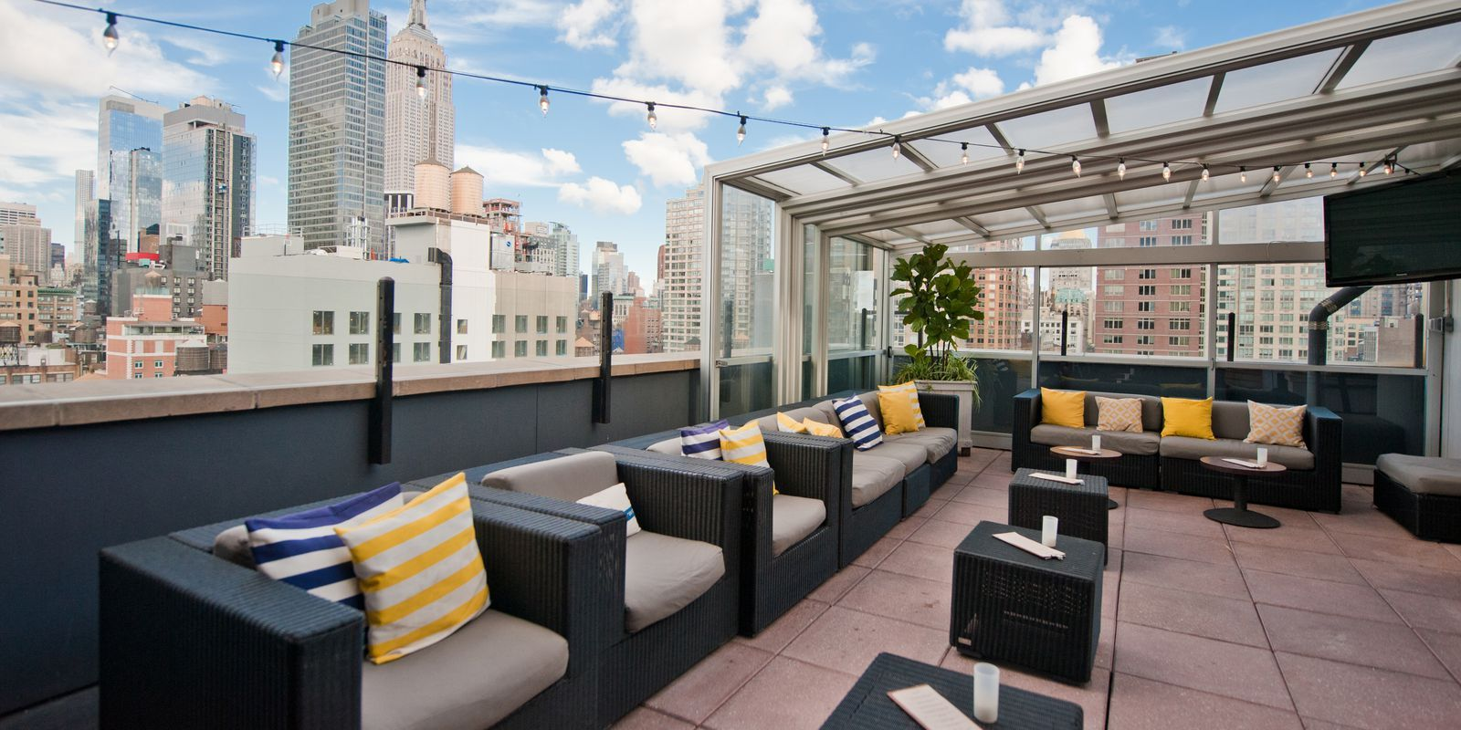 You've GOT to See the Views from These Rooftop Bars in NYC ...