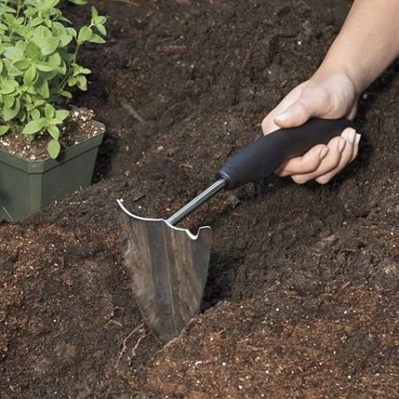 Garden Hand Plow By Oxo Good Grips With Non Slip Grip Handle