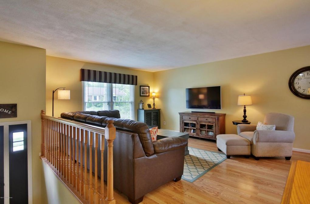 12210 Hardwick Rd Louisville Ky 40243 Furniture Placement Living Room Livingroom Layout Living Room Arrangements