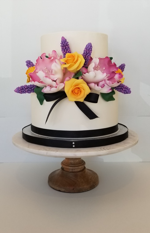 Floral Realistic Flowers Wedding Cake Wedding Cakes Pinterest