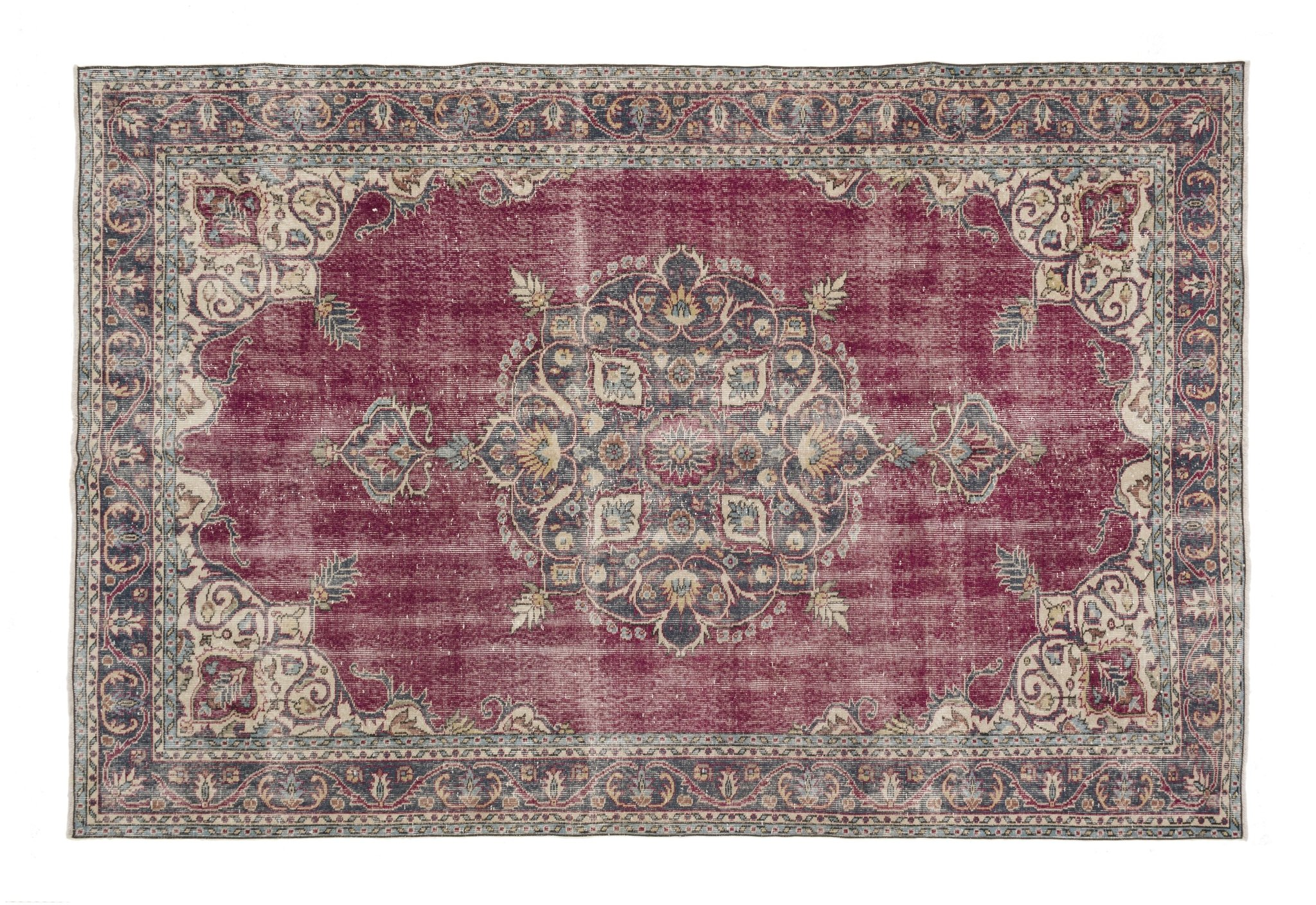 Martina With Images Wool Area Rugs Persian Motifs Vintage Rugs