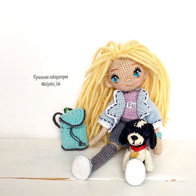 Вика и щенок как вам такая парочка ? Связаны на заказ Рост 16см #olyaka_lab #кукольнаялабораторияоля_ка ________________________________ #crochetdoll #dollmaker #villy_vanilly_shop #toys_gallery #weamiguru #авторскаякукла#интерьернаякукла#artdoll#кукларучнойработы #кукланазаказ