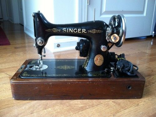 40 Antique Singer Sewing Machine Vintage With Case Works Sew Beauteous 1935 Singer Sewing Machine
