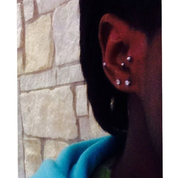 Say hello to my tragus piercing