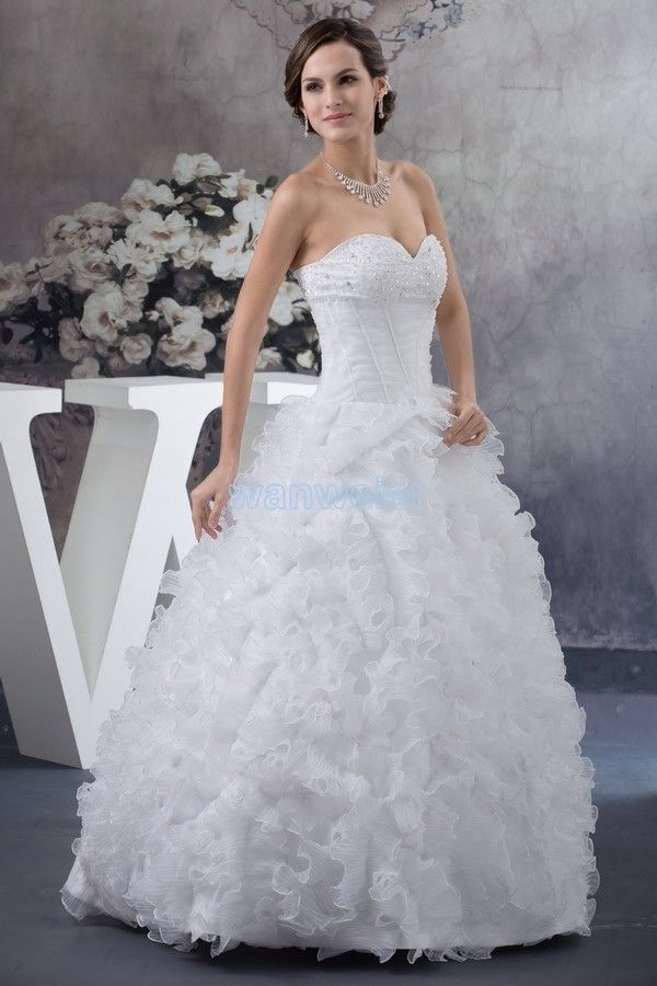 Tulle Ball Gown Sweetheart Train White Wedding Dress With Sequins(ZJ7202)