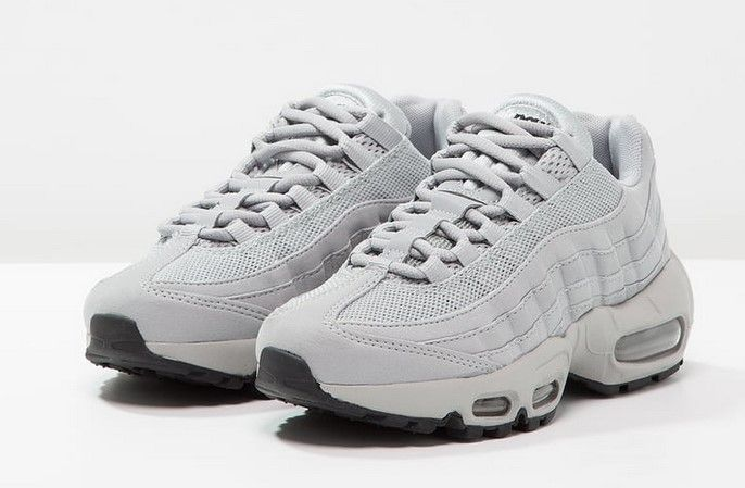 bc086fa79142 Nike Sportswear AIR MAX 95 Baskets basses matte silver sail black ...