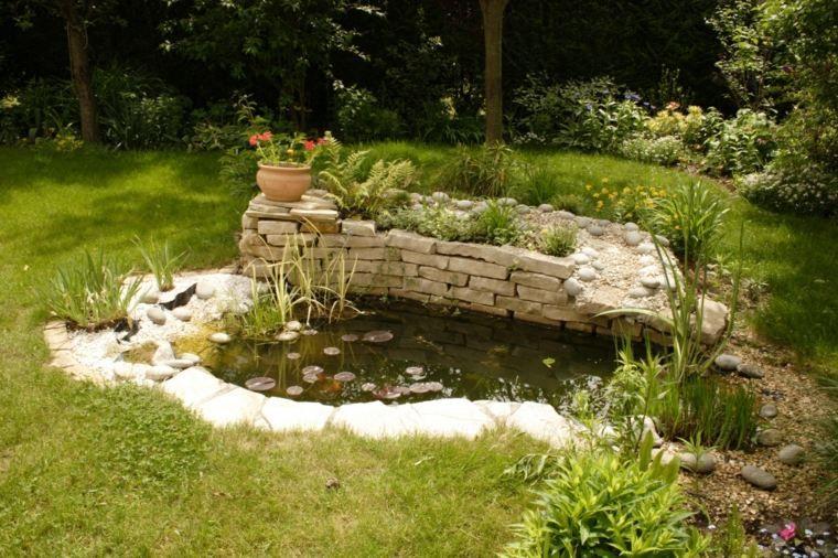 bassins de jardin le p le d 39 attraction d 39 un jardin jardin pinterest petits bassins de. Black Bedroom Furniture Sets. Home Design Ideas