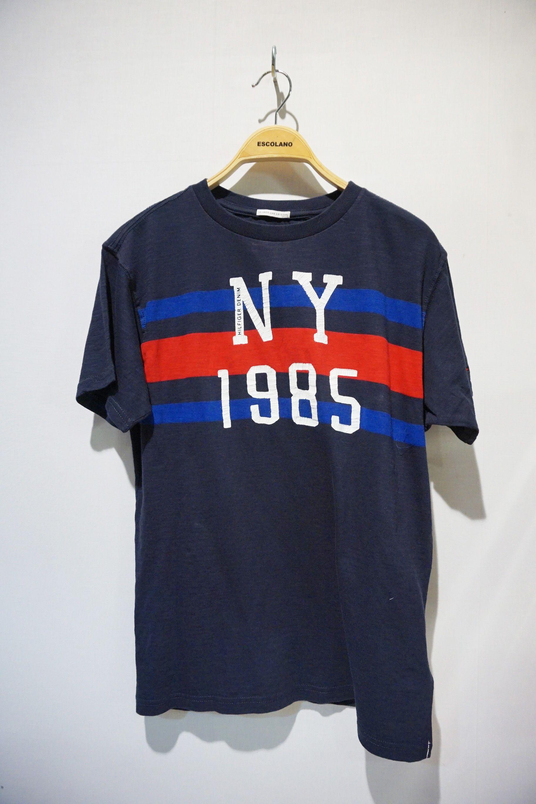 Camiseta disponible en shop.escolanomoda.com #escolanomoda #Segorbe o en nuestra SHOP :) #TommyHilfiger