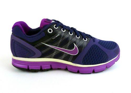 aterrizaje motivo fregar  Nike Lunarglide 2 Flywire Purple Ink Red Plum Metallic White 8 7 5 Display    eBay   Cross training shoes, Nike, Nike lunarglide