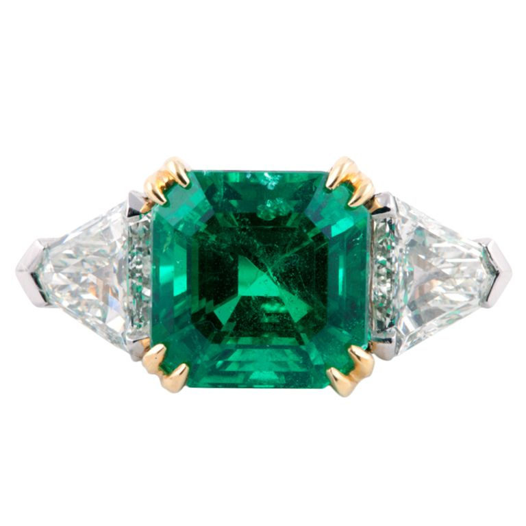 6 18 Carat Colombian Emerald Diamond Gold Platinum Ring