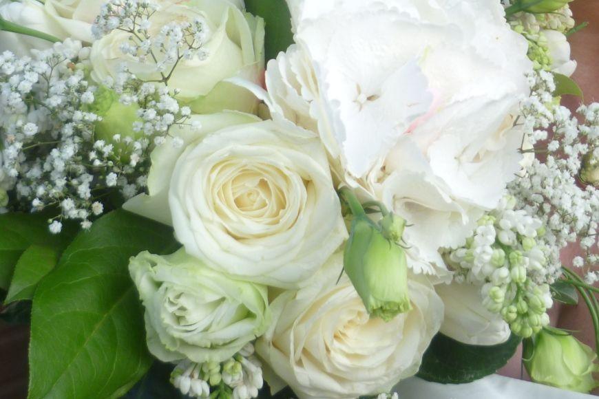 Lovely flowers - I love flower shops and markets!