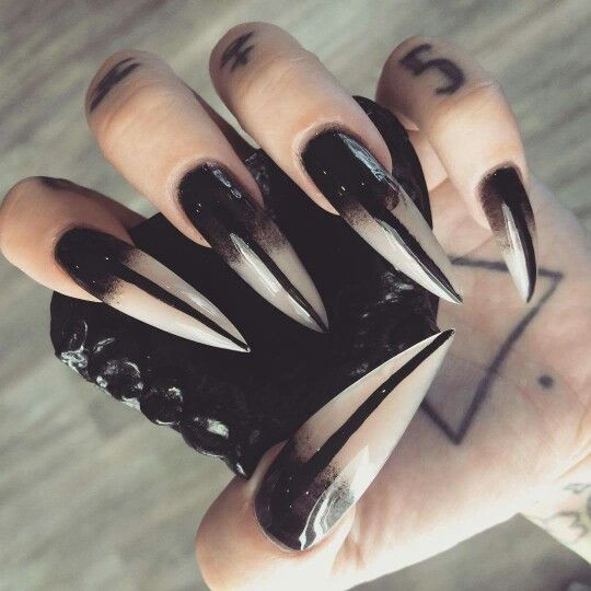 Pin By Natalie M G On Random Awesome Things Witch Nails Stiletto Nails Designs Gothic Nails