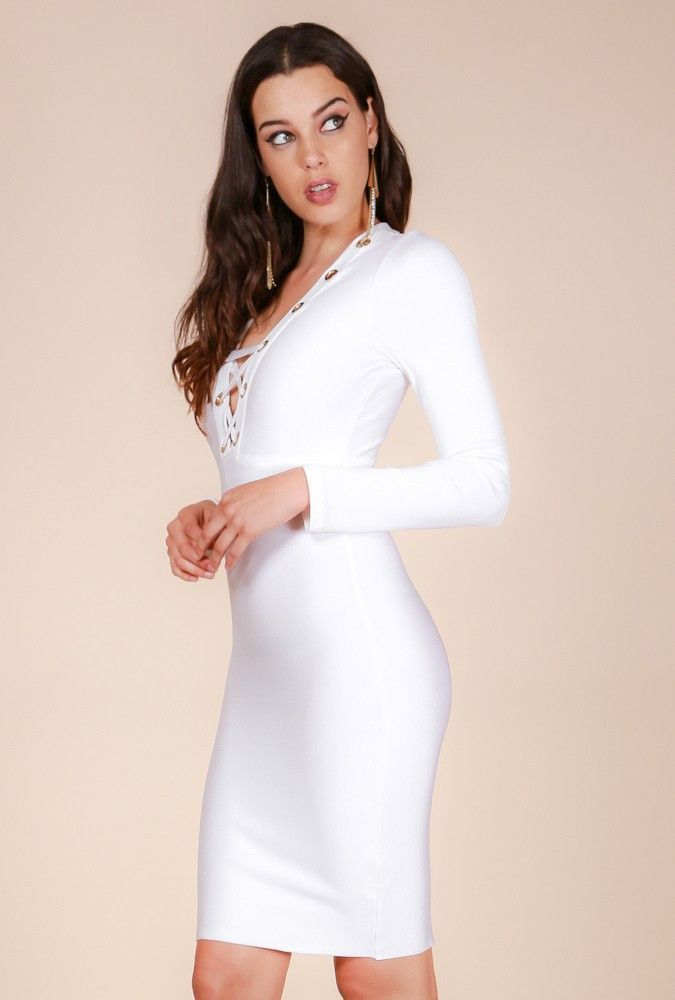 f8c84cc5a73bd Bandaj Elbiseler · Best dressed babe! A flawless bodycon dress in a thick  knit bodice solid all throughout