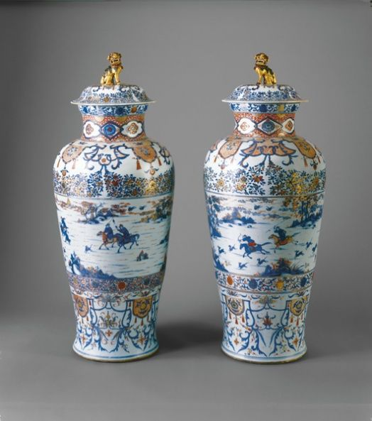 Pair of soldier vases, Chinese, 1720.