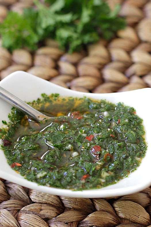 Chimichurri - AntojandoAndo | Recipes to Cook | Pinterest ...