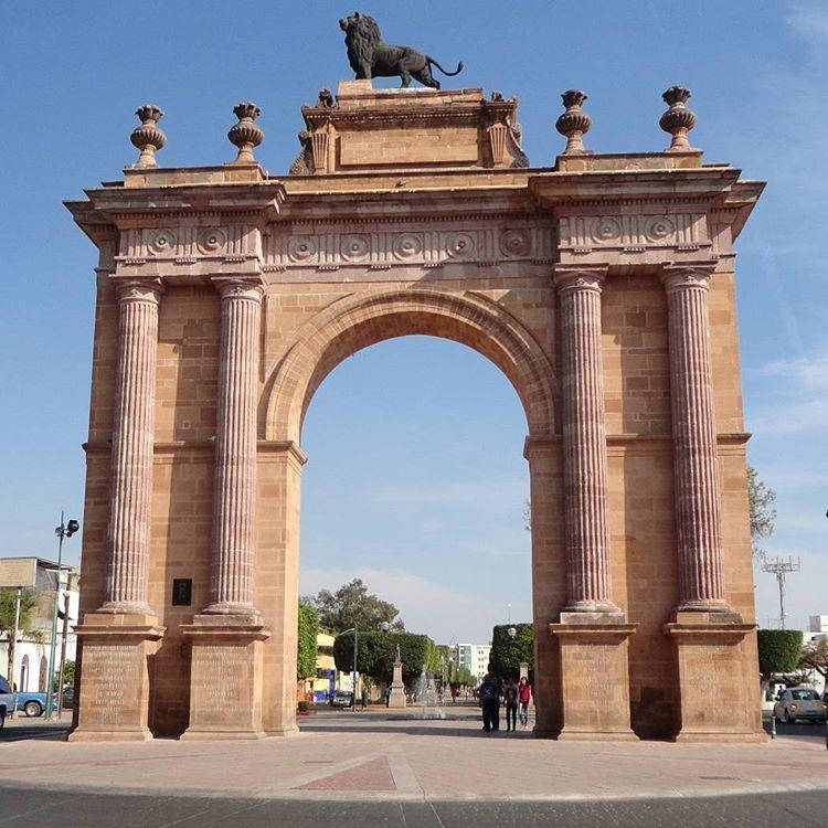 Arco de la Calzada Len Gto  Arco de la Calzada Len Gto  len