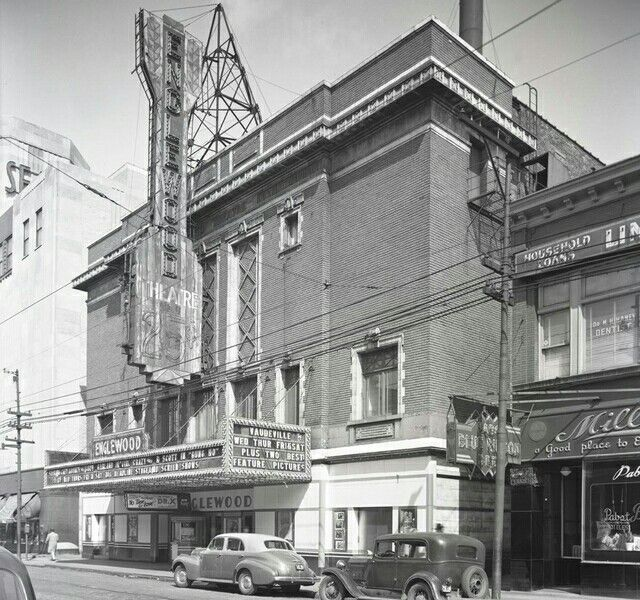 Englewood Theater Chicago Il Englewood Chicago Chicago History Theater Chicago