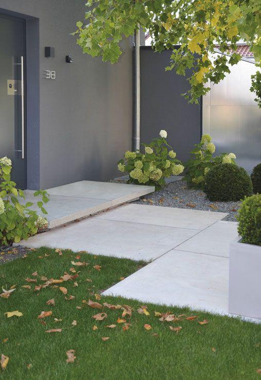 conceo sichtbeton grau tocano podestplatte architektur einfahrt eingang garten. Black Bedroom Furniture Sets. Home Design Ideas